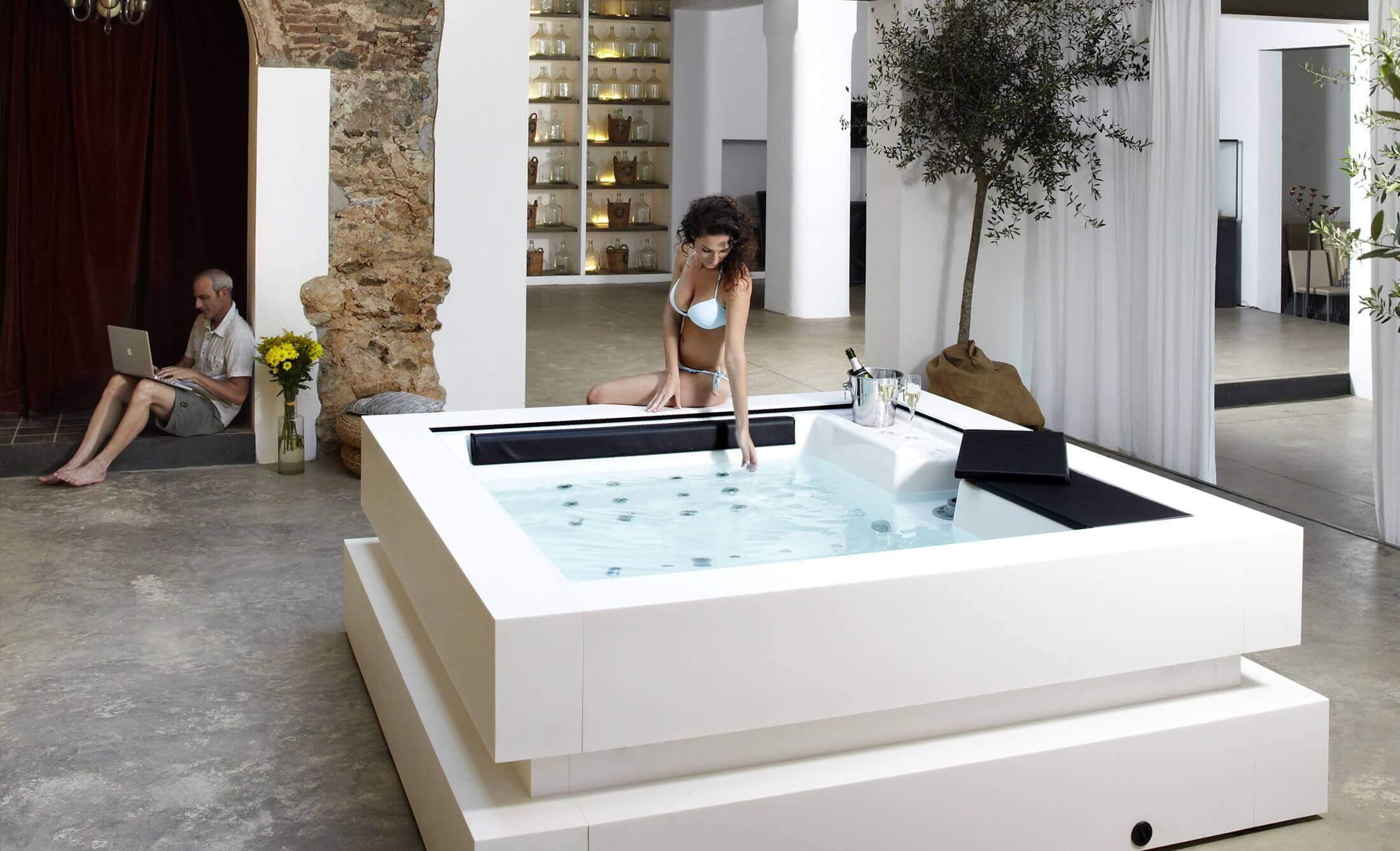 Acquisto di Minispiscine e vasche idromassaggio - Produttore di Spa ...
